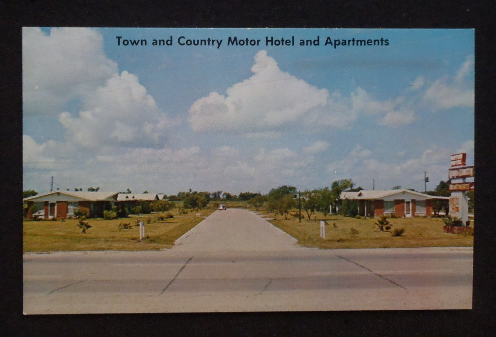 1950s Town And Country Motor Hotel And Apts Highway 77