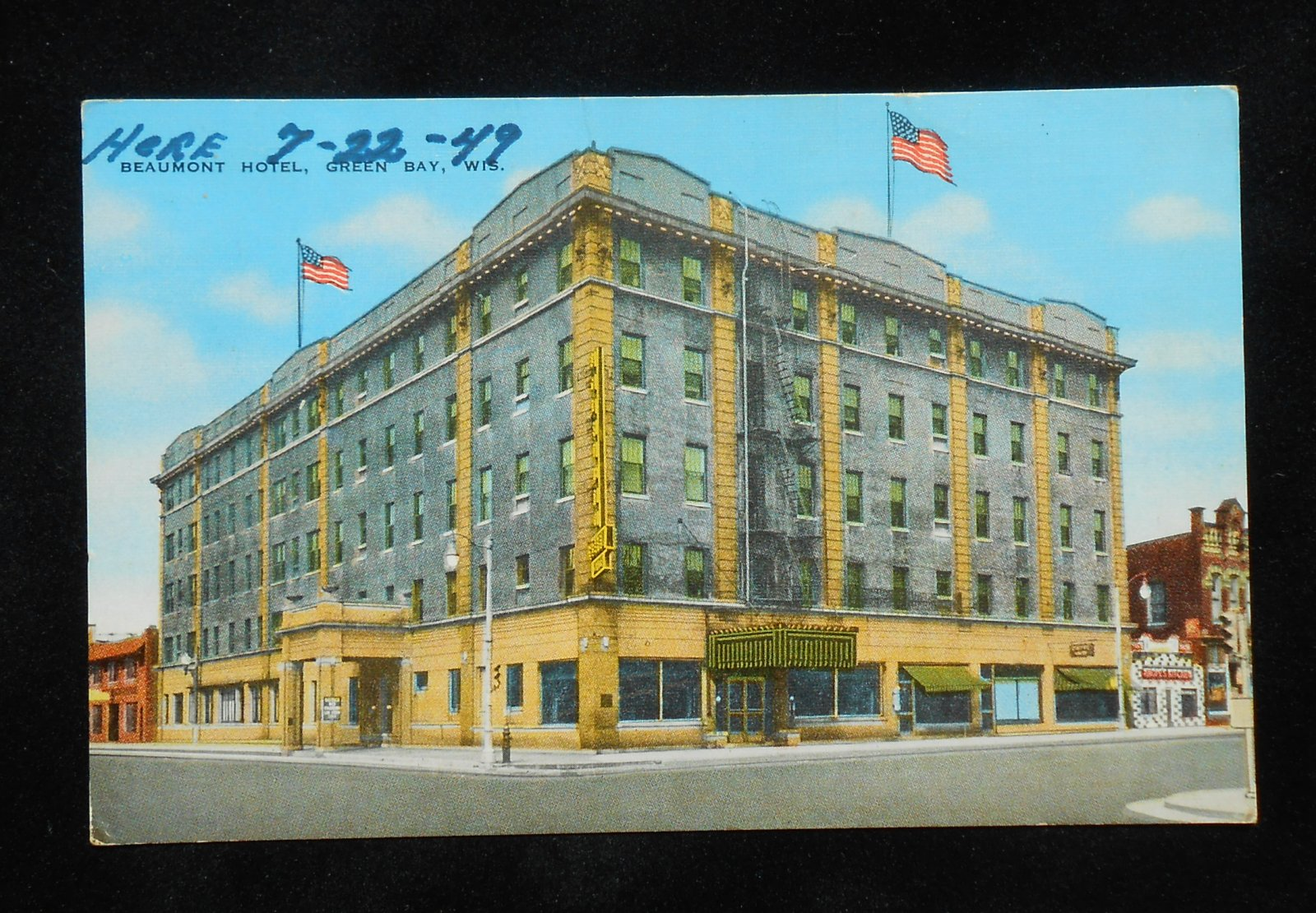 1940s beaumont hotel green bay wi brown co postcard. Black Bedroom Furniture Sets. Home Design Ideas